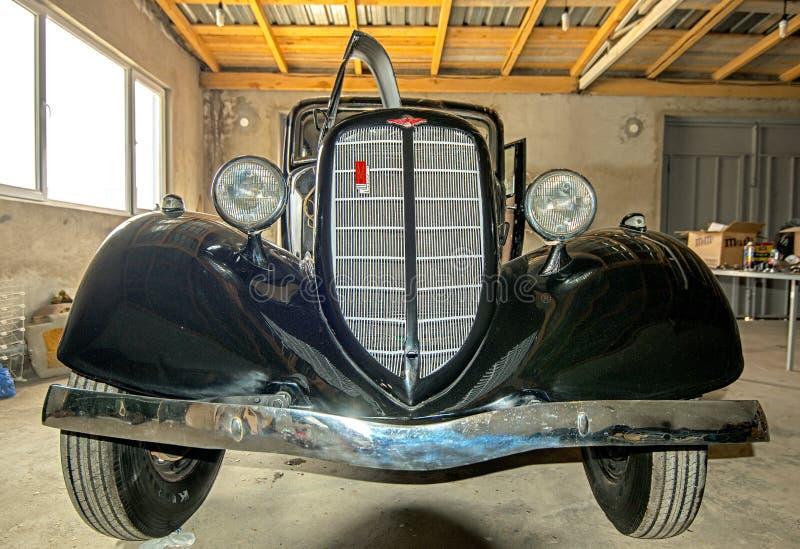 Museum van Oude Sovjetauto's stock afbeeldingen