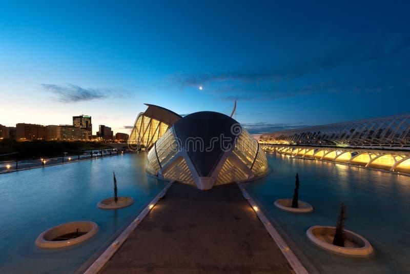 Museum van Wetenschapsprins Felipe vóór zonsopgang in Valencia, Spai royalty-vrije stock foto