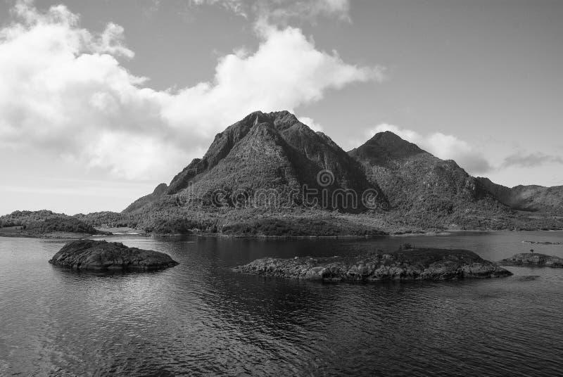 Musi widzieć natur przyciągania Fjords i zaciszność parki narodowi podkreślają Norways spokojne ilości Fjords przypominają wciąż obraz royalty free