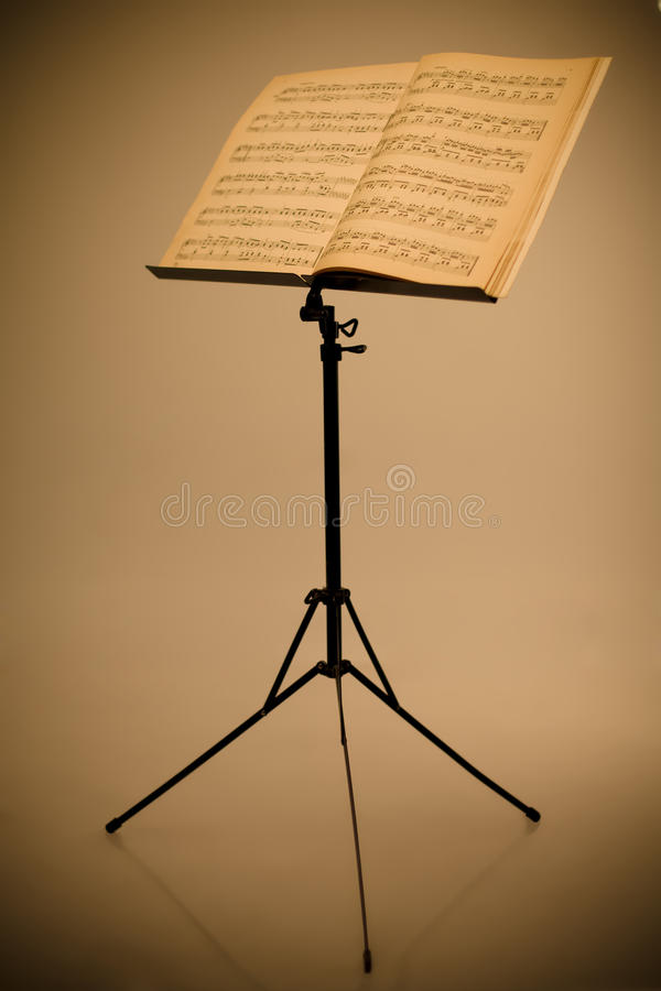 Free Music Stand Royalty Free Stock Image - 13607456