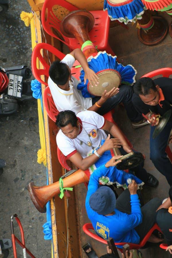 Musica tailandese tradizionale del gioco tailandese dei musicisti. immagine stock