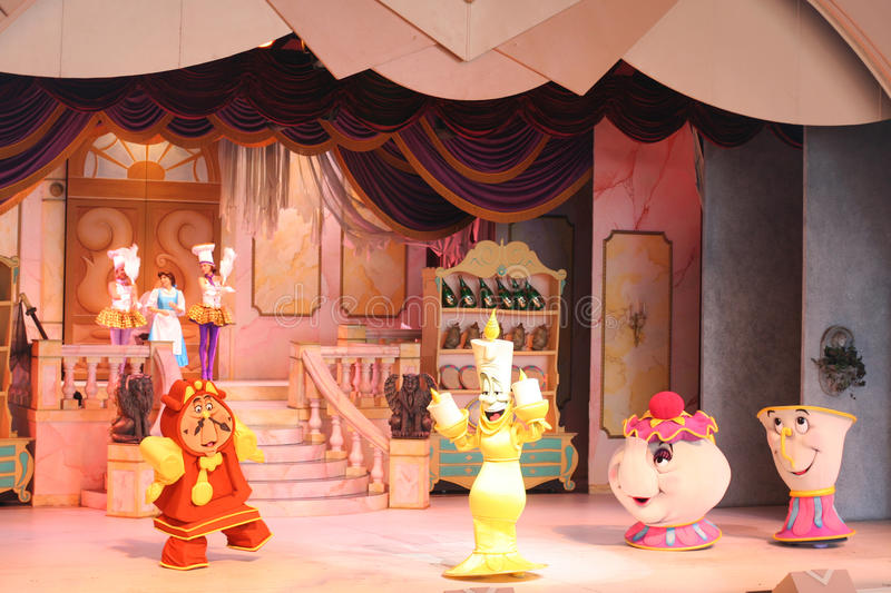 Download Musical Beauty And The Beast At Disneyworld Editorial Photography - Image of perform, actor: 41419882