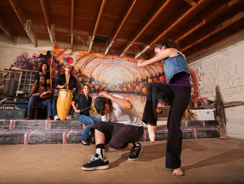 Musici en Capoeira-Uitvoerders stock foto