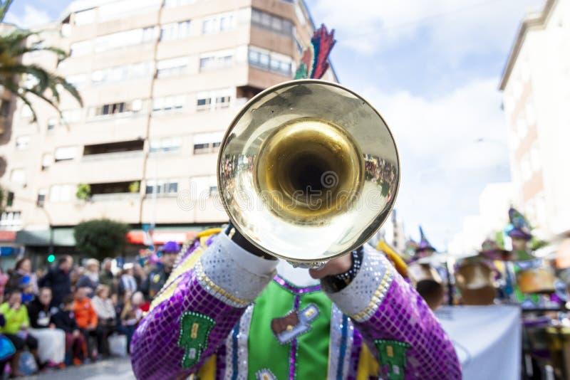 Musicien de trompette au carnaval de Badajoz, Espagne photographie stock