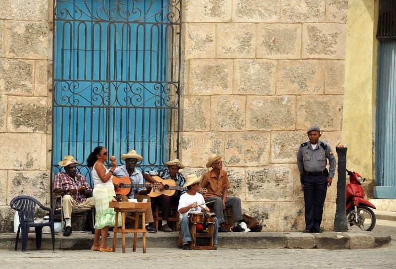 Musiciens de rue de La Havane image stock