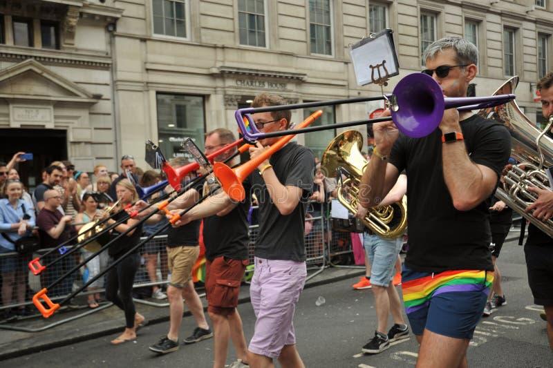 Musicisti al gay pride a Londra, Inghilterra 2019 immagini stock libere da diritti
