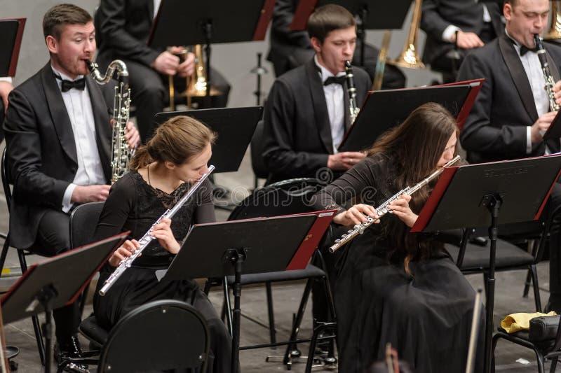 Musicisti classici che giocano sulla flauto fotografie stock libere da diritti