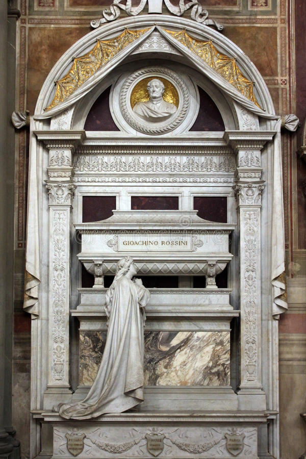 Musicisti di Gioacchino Rossini, dettaglio della tomba, cattedrale di Santa Croce, Firenze immagine stock