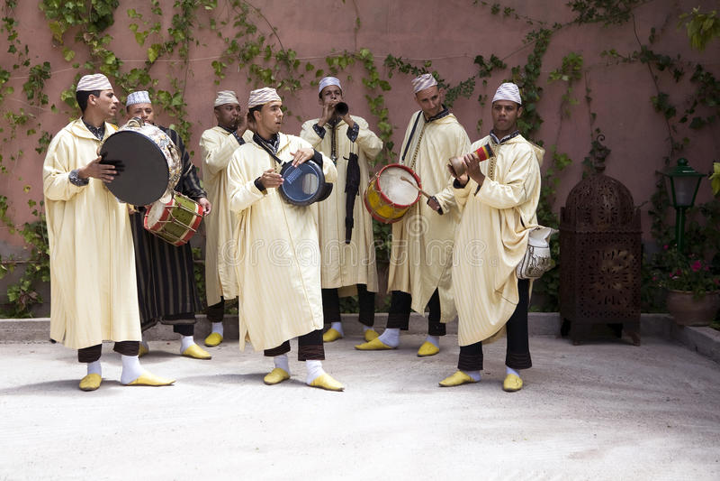 Musicisti marocchini tradizionali fotografia stock