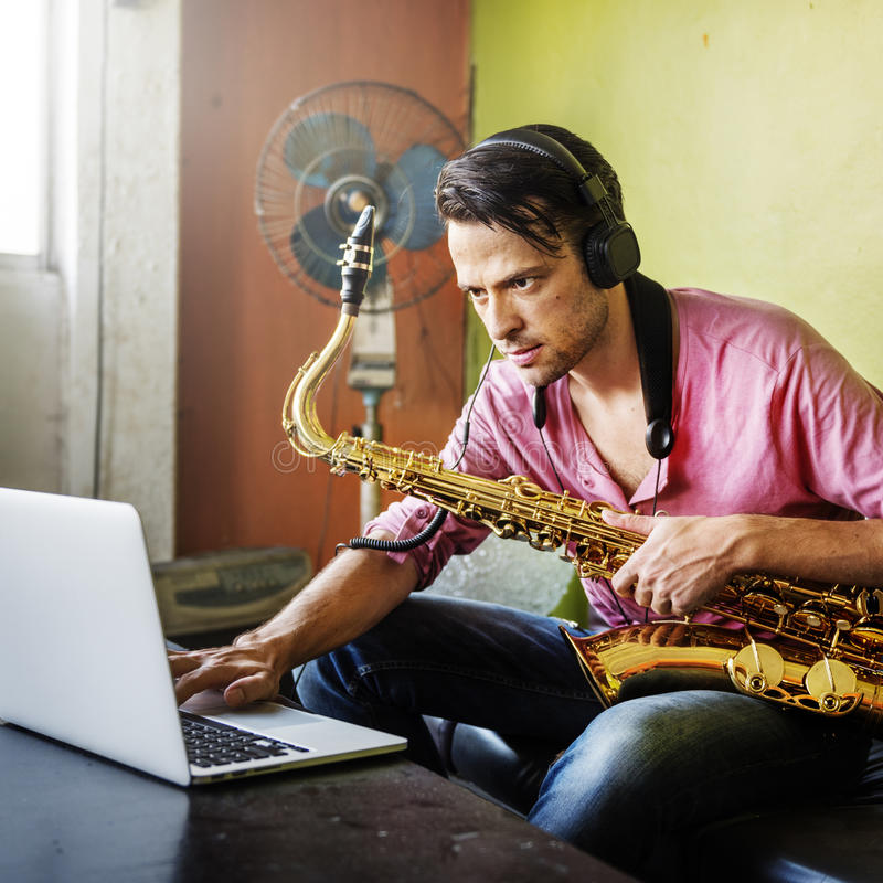 Musiker Saxophone Jazz Artist Passion Concept royaltyfria foton