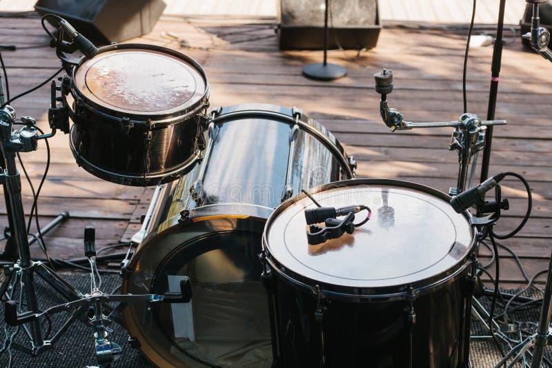 Musikhupe stellte 3 ein Unterhaltung und Konzerte im Freien lizenzfreies stockbild