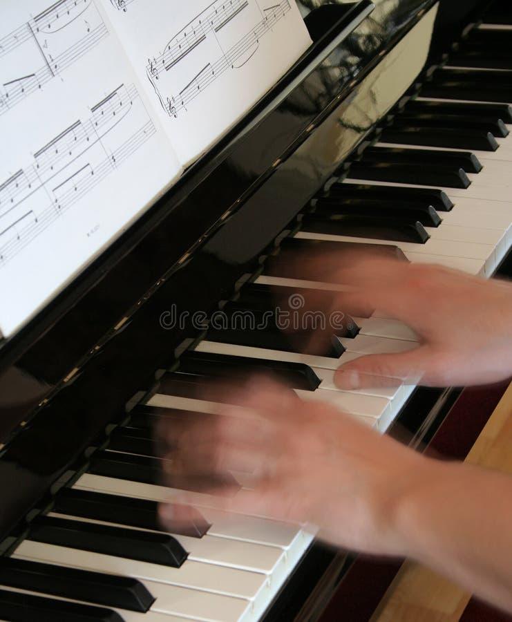 musikpiano royaltyfri fotografi