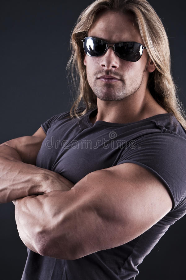 muskulöst starkt för man arkivbild
