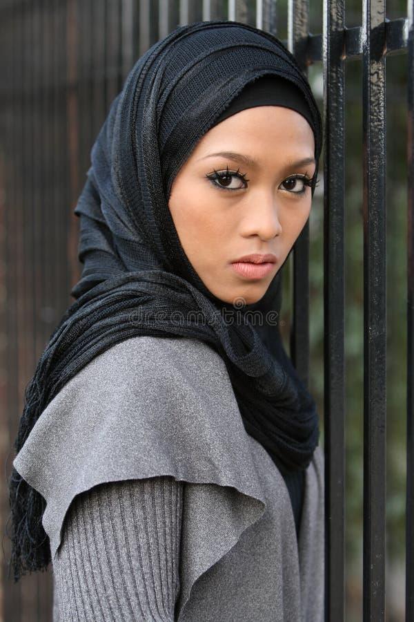 muslim девушки стоковые фотографии rf