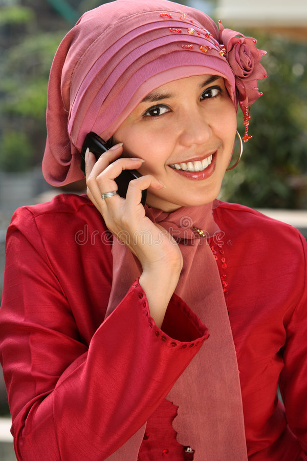 Download Muslim Business Woman On Phone Stock Image - Image: 6250711