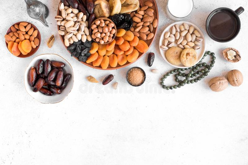Muslimsk Iftar mat arkivfoto