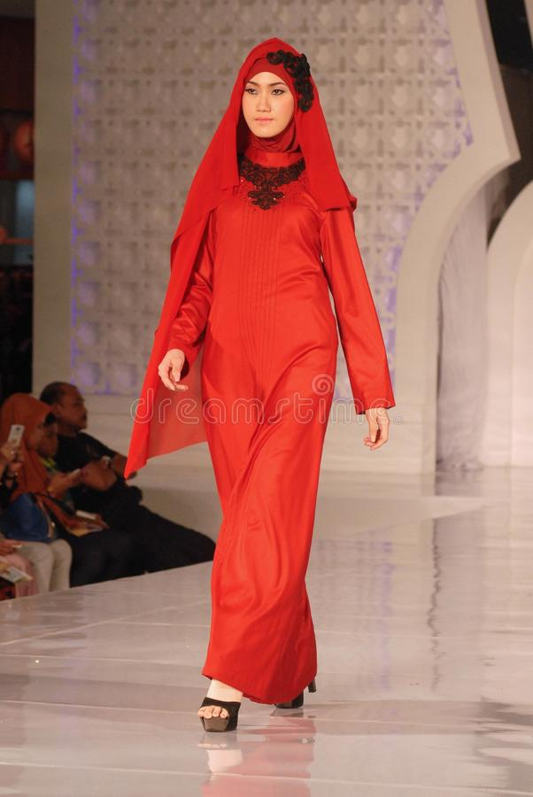 Muslimsk modefestival 2014 arkivbilder