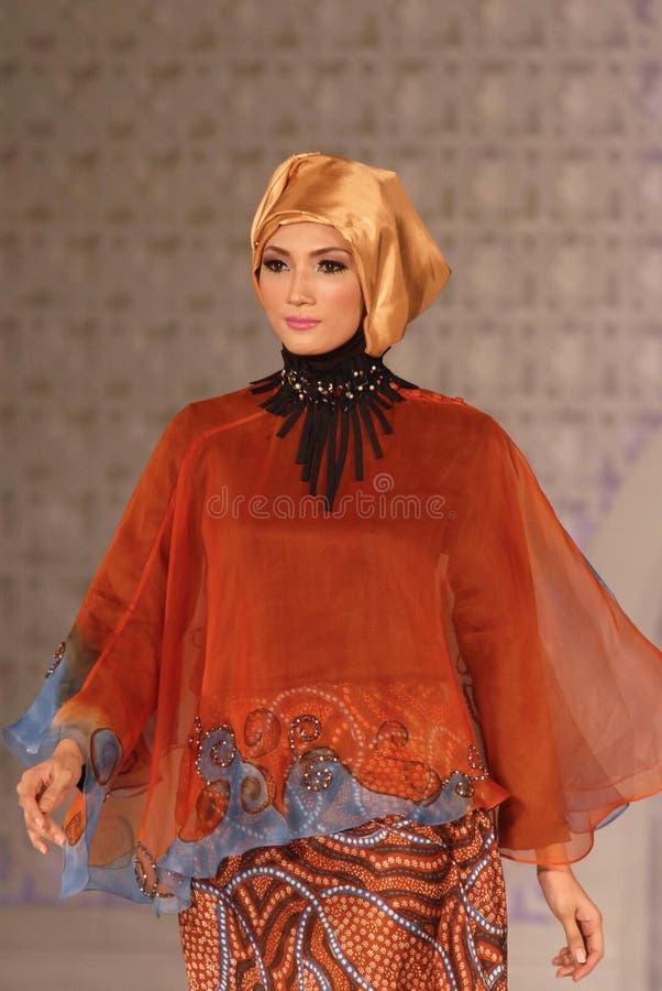 Muslimsk modefestival 2014 royaltyfri bild