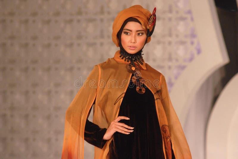 Muslimsk modefestival 2014 arkivbild
