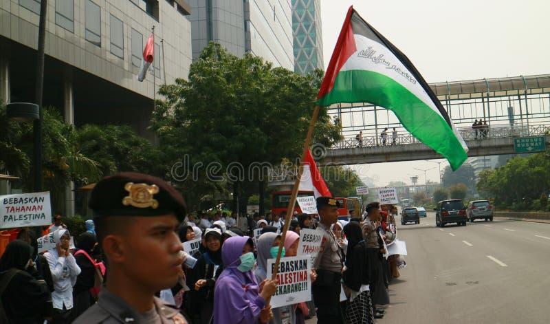 Muslimska personer som protesterar royaltyfri fotografi