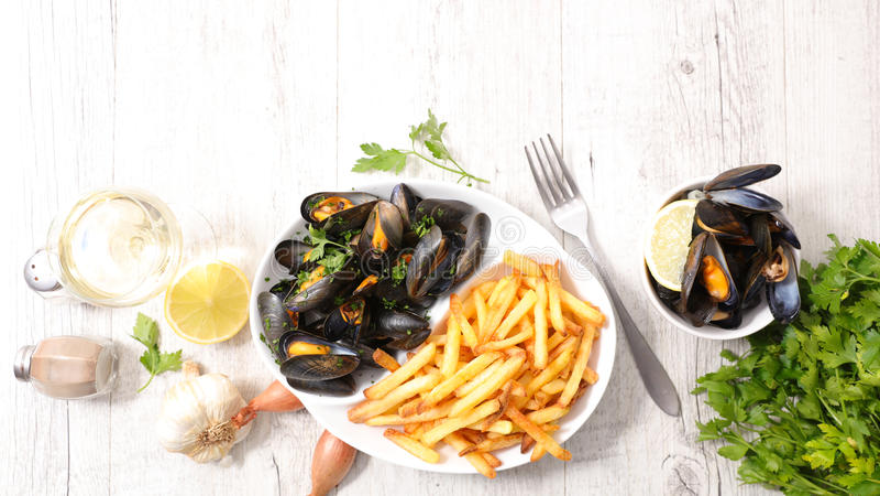 Mussel i francuza dłoniaki zdjęcie stock