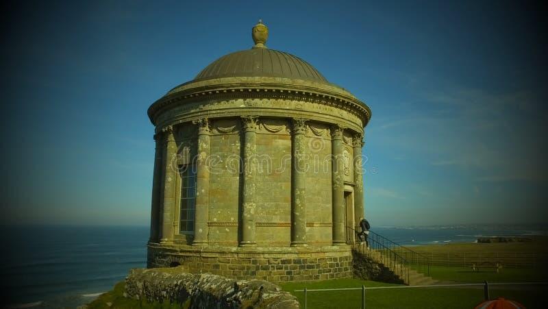 Mussenden-Tempel und absch?ssiger Demesne Coleraine Co Derry Northern Ireland lizenzfreie stockbilder