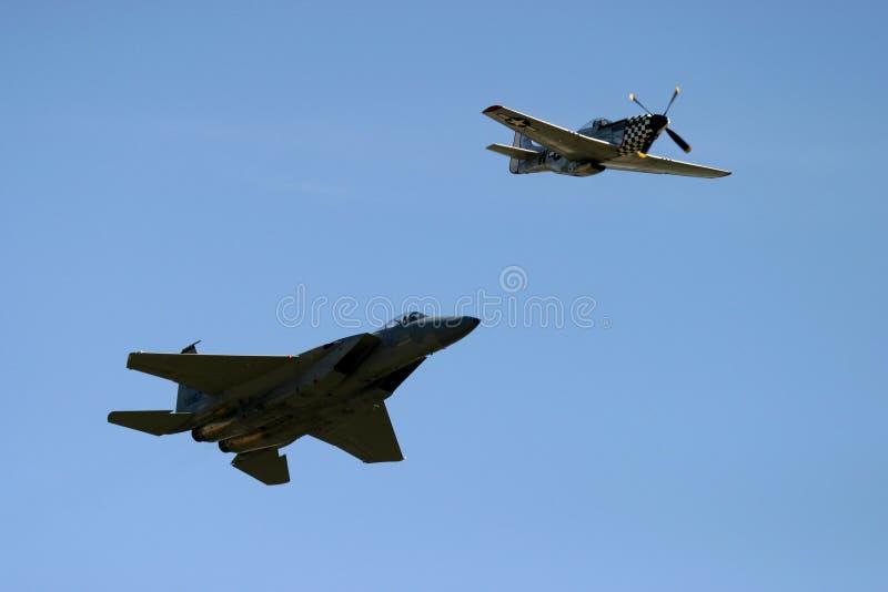 Mustang et Grumman F-14 Tomcat de P51D photo libre de droits
