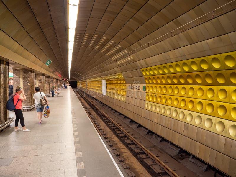 Mustek stacja metra w Praga, republika czech zdjęcie royalty free