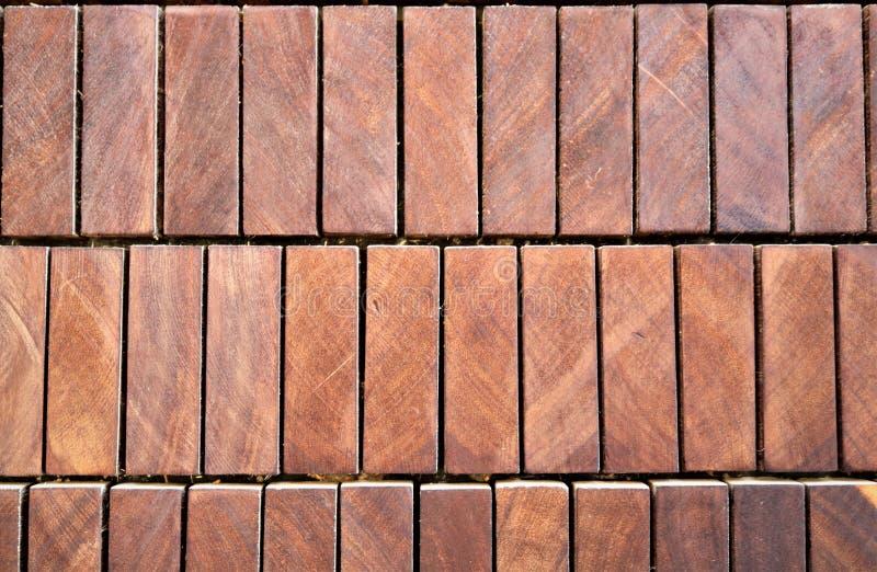 Muster von Holzbalken mit einem rechteckigen Querschnitt stockfotografie