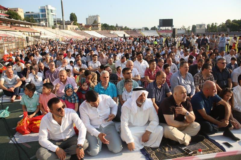 Musulmani che celebrano Eid al-Fitr fotografia stock libera da diritti