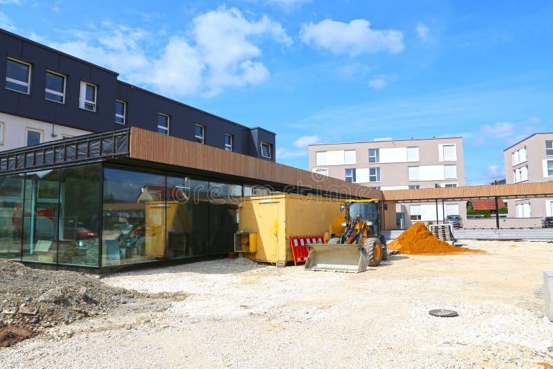 Mutlangen, Allemagne juin 17,2018 : Construction d'un Bu de la communauté image libre de droits