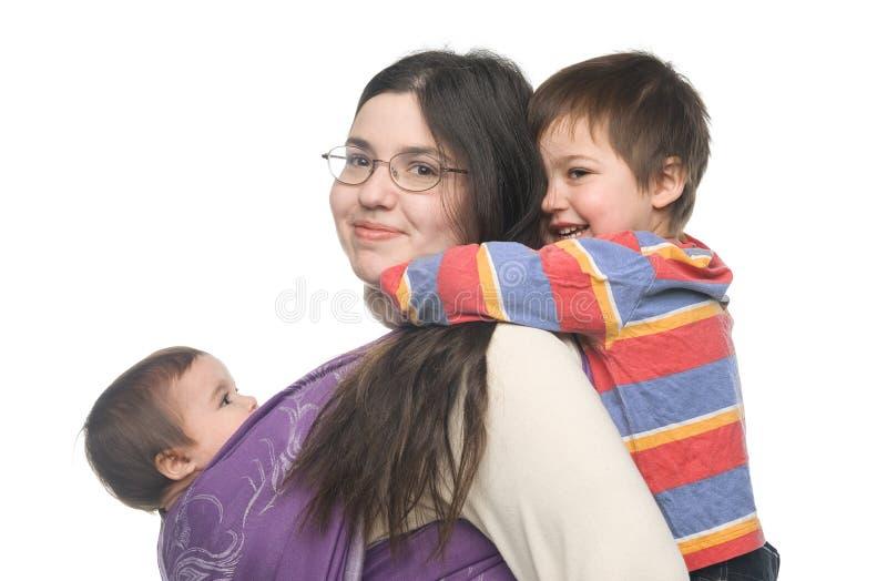 Mutter mit ihren Kindern lizenzfreies stockbild