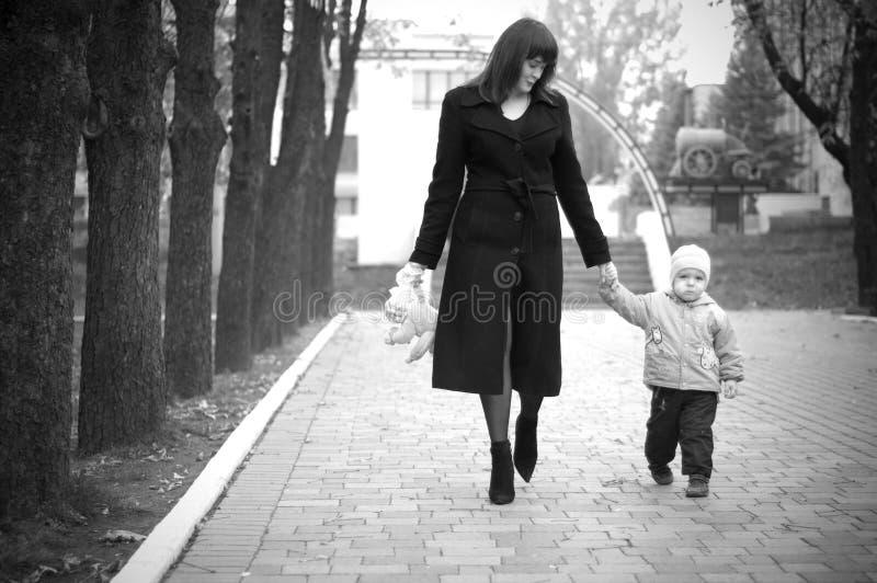 Mutter mit Schätzchen. stockfoto