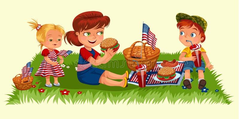 Mutter mit zwei Kindern, die auf grünem Gras im Park oder im Garten, Picknickkorb mit Lebensmittel und amerikanischen Flaggen, Fr lizenzfreie abbildung