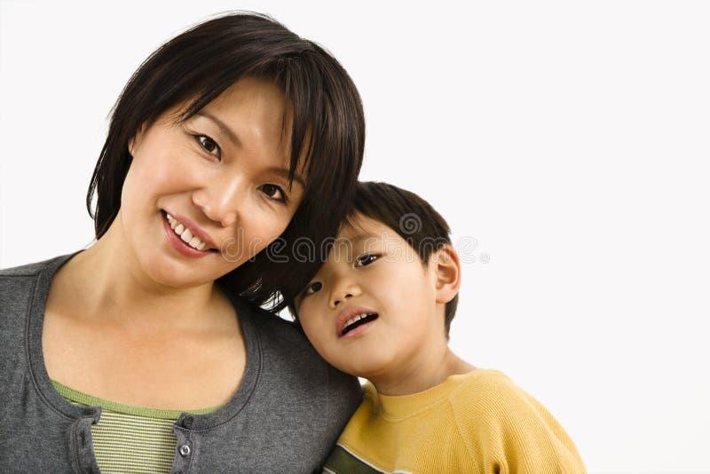 Mutter- und Kindportrait stockfoto