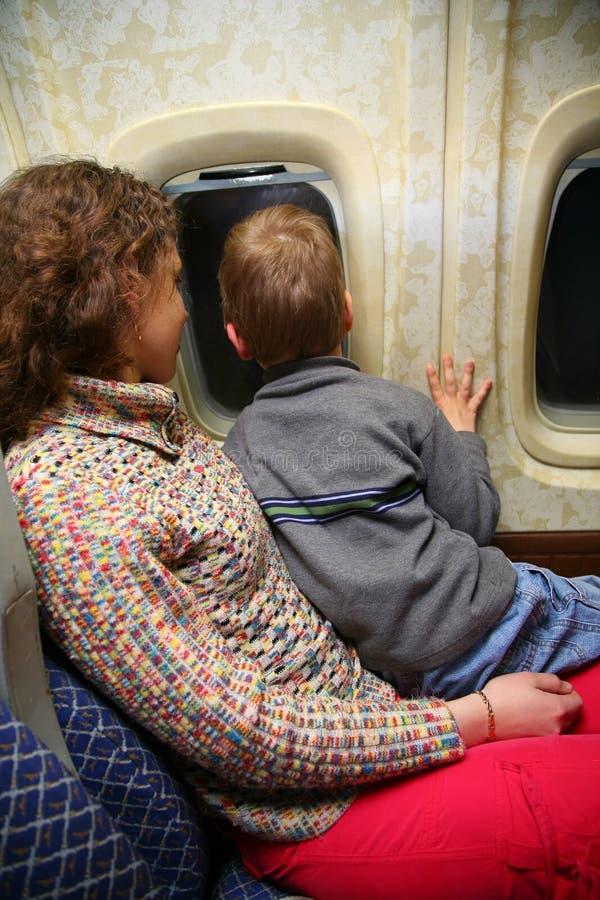 Mutter- und Kindreisen stockfoto
