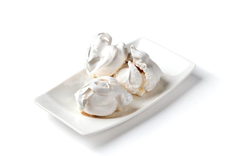 Muttermarängar på en vit platta på en isolerad vit bakgrund royaltyfria bilder