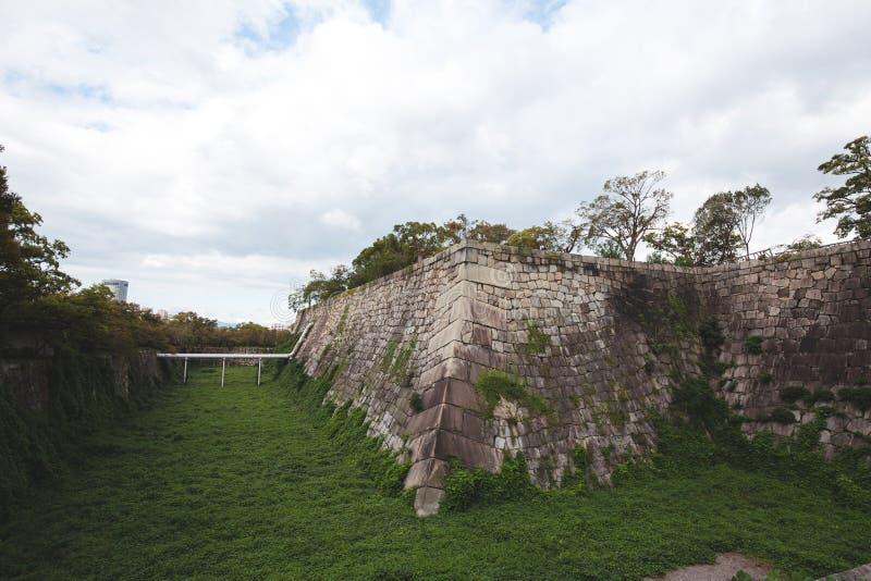 Muur in het kasteel van Osaka stock fotografie