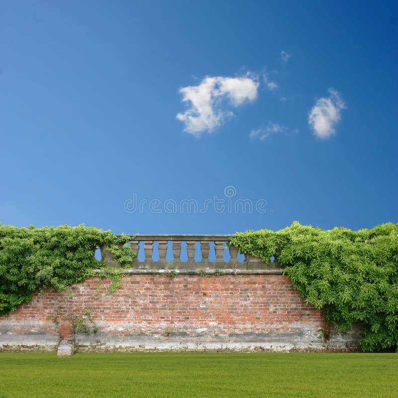 Muur met Balustrade royalty-vrije stock afbeelding