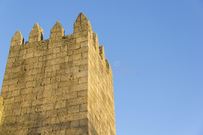 Muur, middeleeuws kasteel, steen, blauwe hemel, architectuur, de bouw, chateau, gotische vesting, middeleeuws, royalty-vrije stock foto's