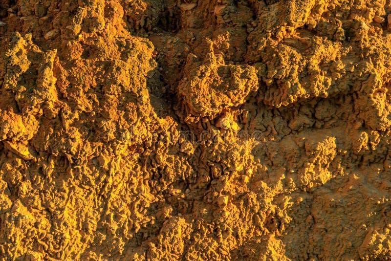 Muur van adobe, aarde, modder, gedrukt stro, Oud, traditioneel en royalty-vrije stock afbeelding