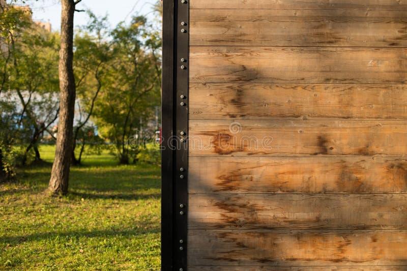 Muur van Hinderniscursus in Parke Outdoors stock fotografie