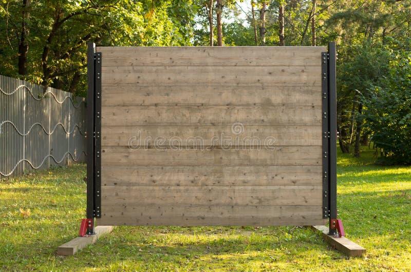 Muur van Hinderniscursus in Parke Outdoors stock afbeelding