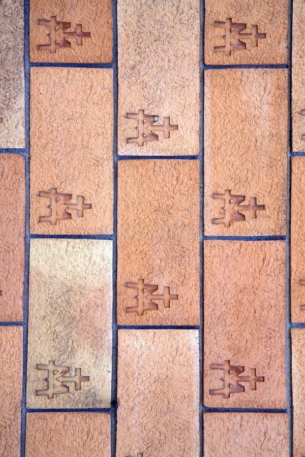Muurbaksteen in het centrum vergiate Varese royalty-vrije stock afbeeldingen
