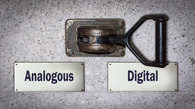 Muurschakelaar aan Digitaal tegenover Analoog stock afbeelding