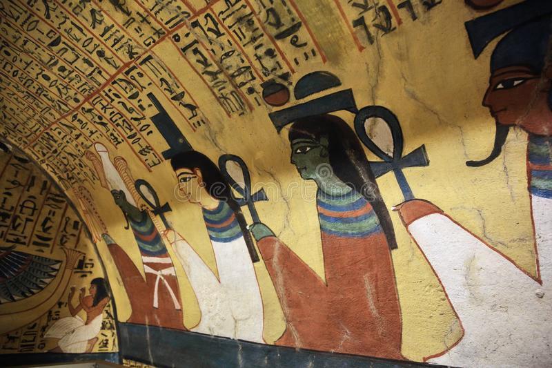 Muurschilderij en decoratie van tombÑŽ Luxor, Egypte royalty-vrije stock afbeeldingen