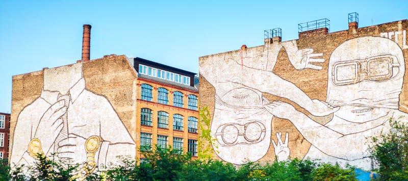 Muurschildering in Kreuzberg, Berlijn stock afbeelding