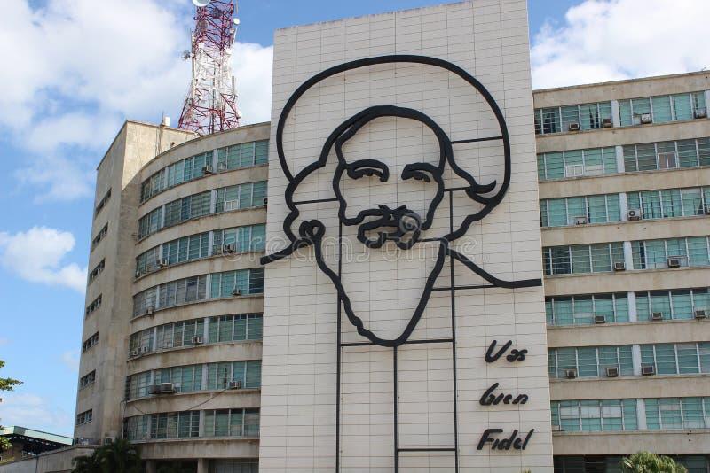 Muurschildering van Fidel Castro op het Revolutievierkant in Havana, Cuba royalty-vrije stock foto's