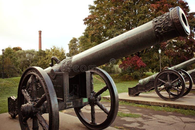 Muzeum artyleryjski świątobliwy Petersburg działo fotografia royalty free