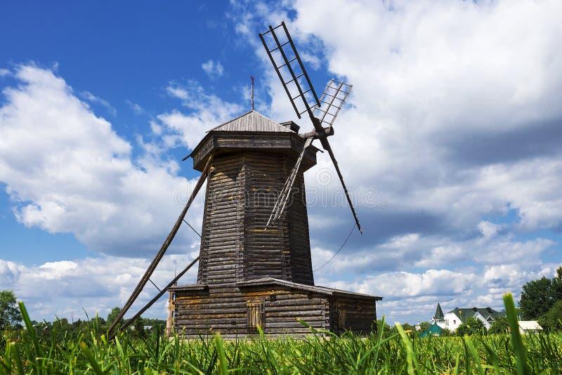 Muzeum Drewniani arcydzieła w antycznym miasteczku Suzdal, obraz stock